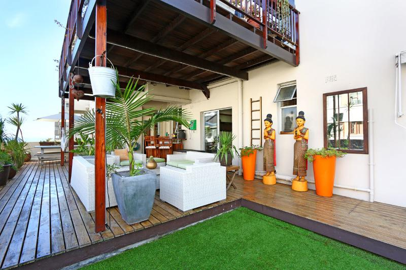 Property For Sale in Sea Point, Cape Town 19