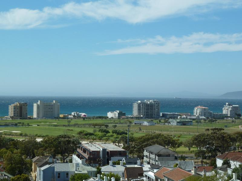 Property For Sale in Green Point Upper, Cape Town 16