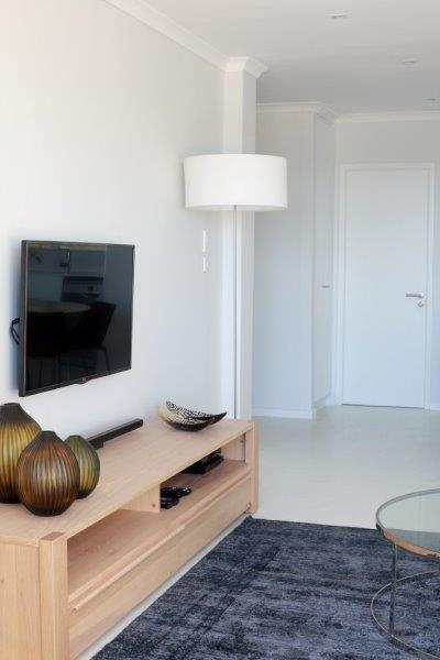 Property For Sale in Sea Point, Cape Town 10