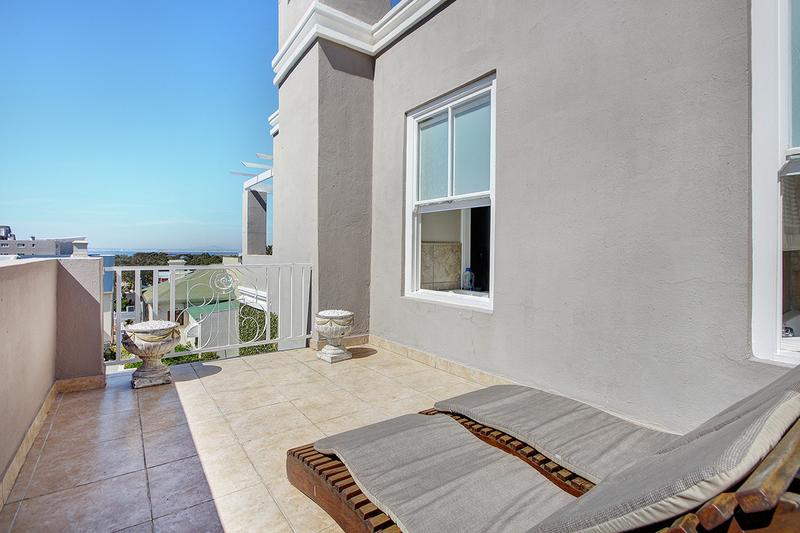 Property For Sale in Green Point, Cape Town 16