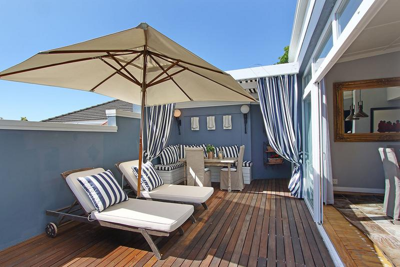 Property For Sale in Sea Point, Cape Town 3