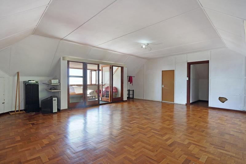 Property For Sale in Green Point, Cape Town 3