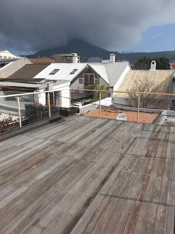 Property For Sale in Gardens, Cape Town 17