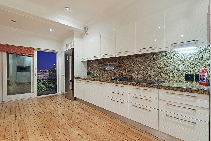 Property For Sale in Green Point, Cape Town 24