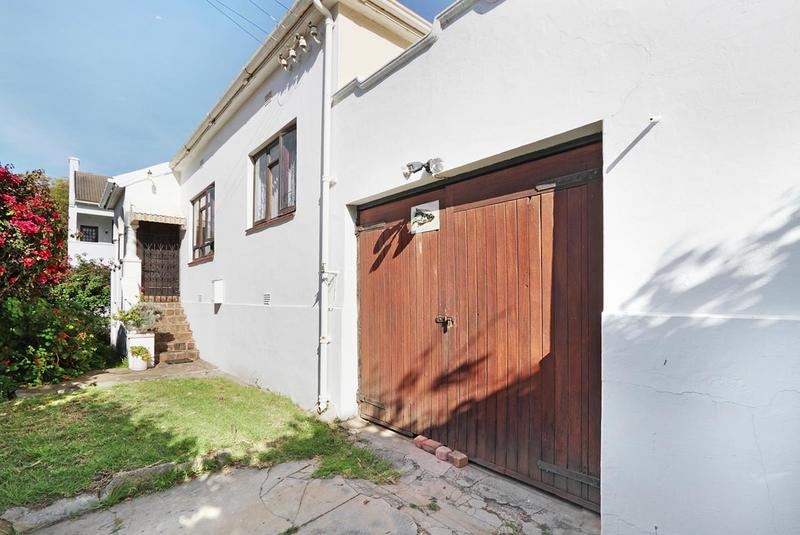 Property For Sale in Green Point, Cape Town 23