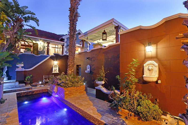 Property For Sale in Green Point, Cape Town 37