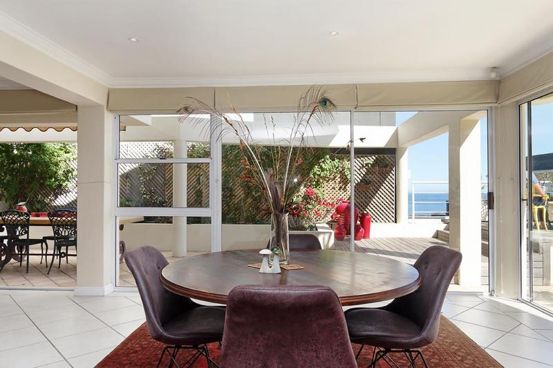 Property For Sale in Sea Point, Cape Town 14