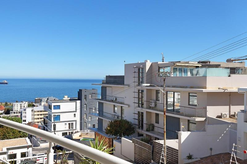 Property For Sale in Sea Point, Cape Town 22
