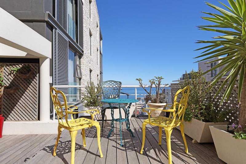 Property For Sale in Sea Point, Cape Town 26