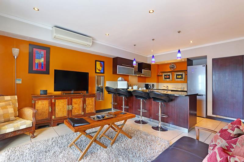 Property For Sale in Cape Town, Cape Town 8