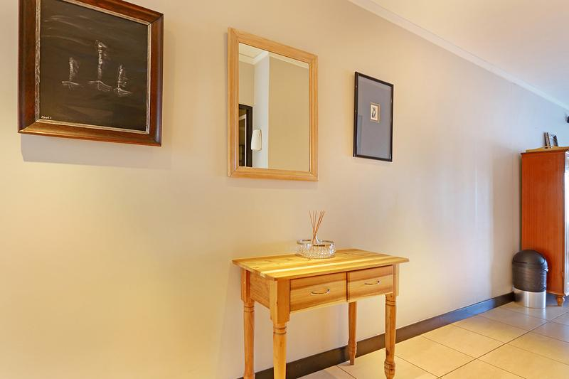 Property For Sale in Cape Town, Cape Town 16