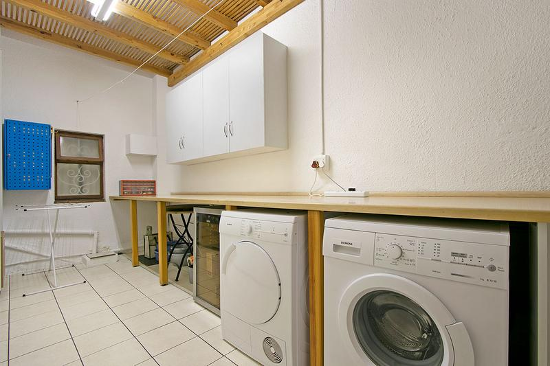 Property For Sale in Green Point, Cape Town 21
