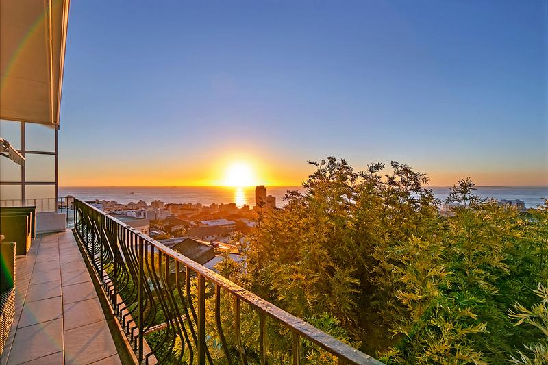 Property For Sale in Green Point, Cape Town 19