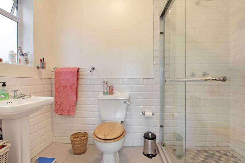 Apartment / Flat For Sale in Green Point, Cape Town